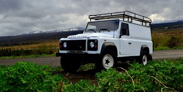 G - MANUAL 4x4 Land Rover Defender 110 or similar - 2 pers
