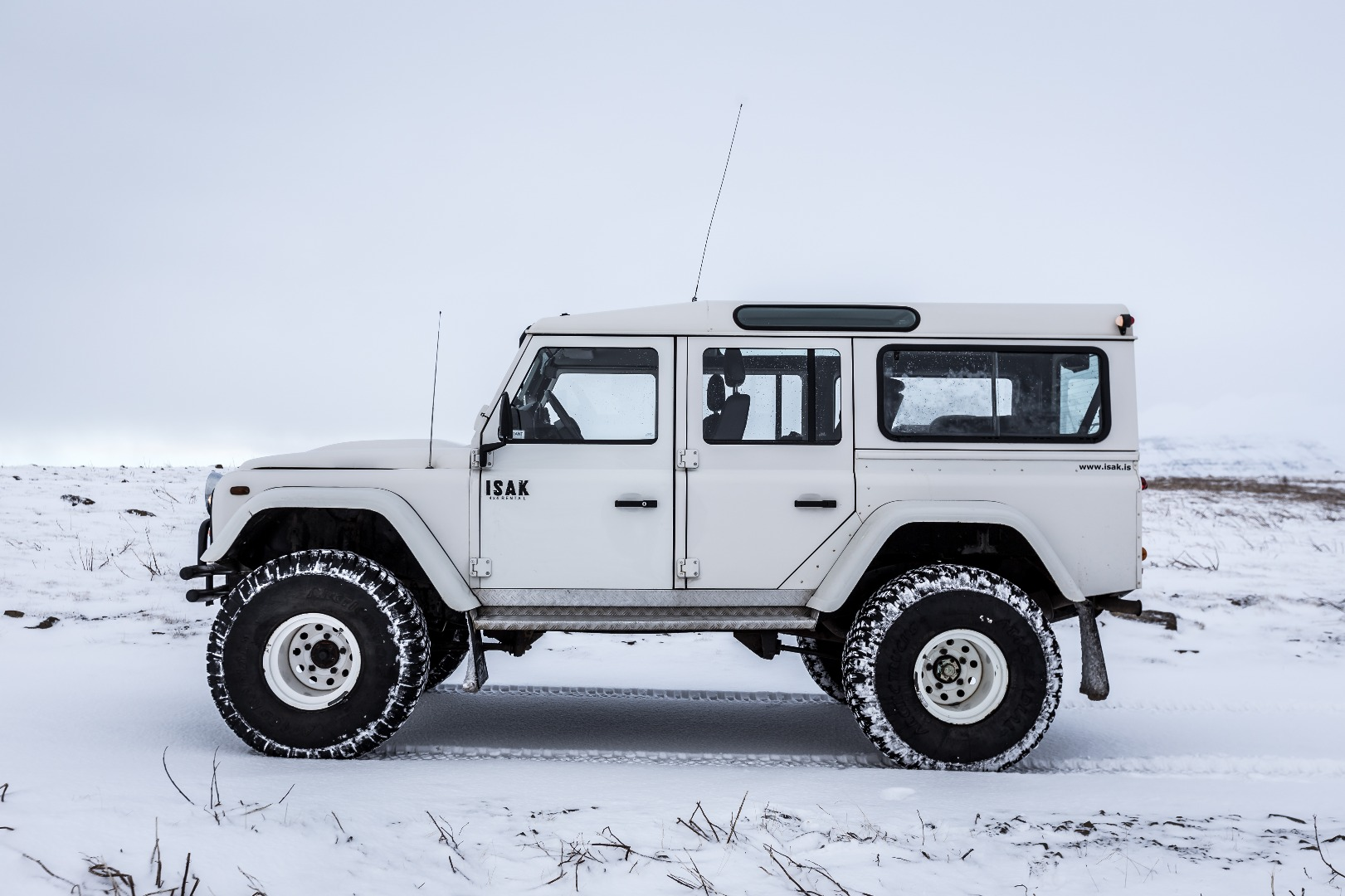 Choose your 4x4 truck for Iceland | ISAK 4x4 Rental