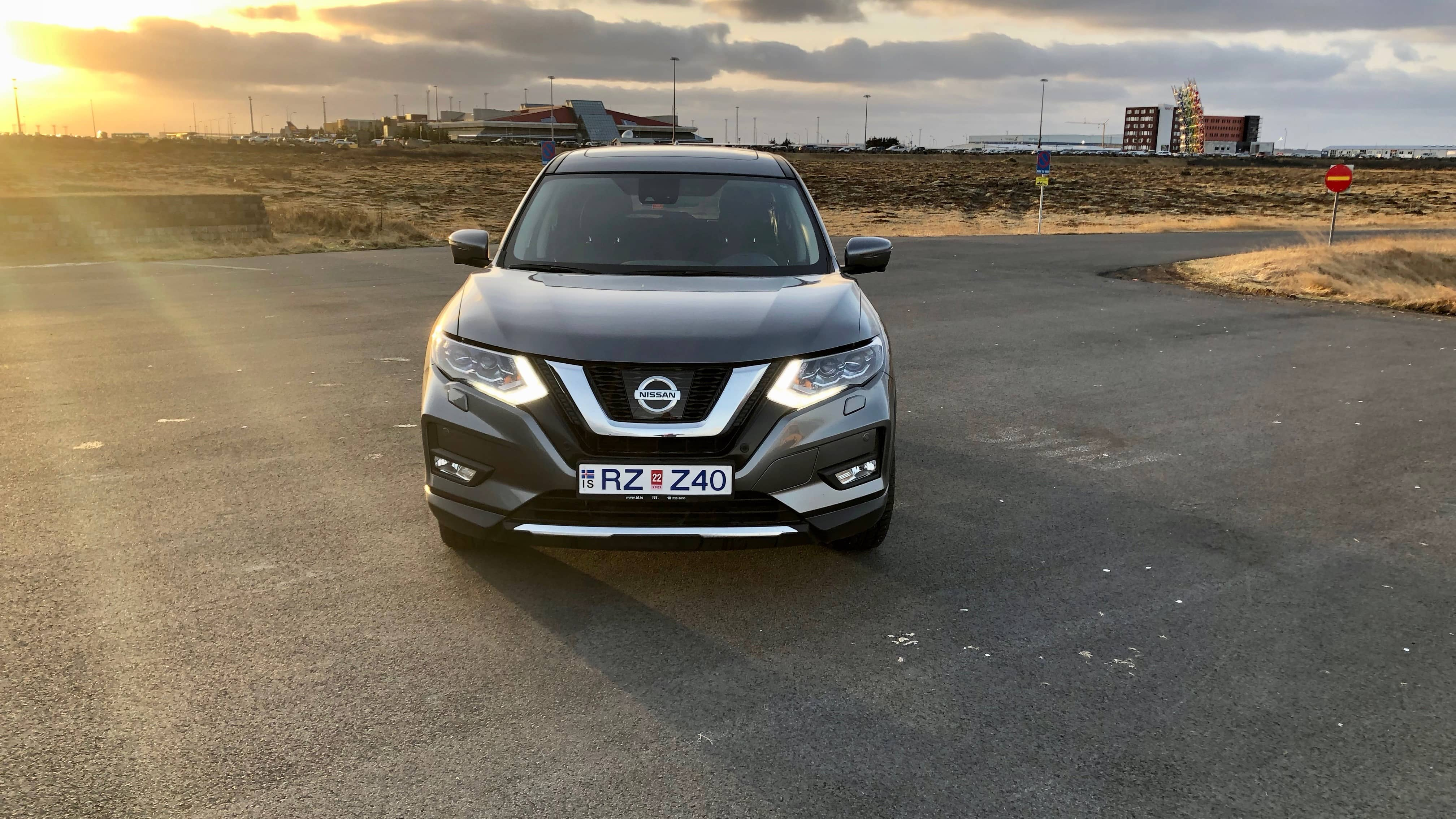 7 Seat Rental Car In Iceland - Rent A Nissan Rogue   Lotus