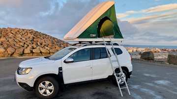 <p>Dacia Duster 4x4 + Roof Top Tent for 2 persons persons</p>