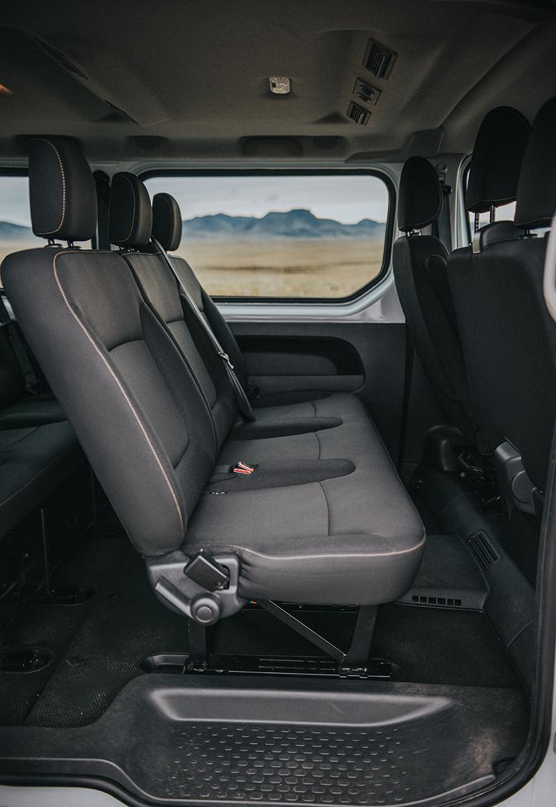rent a renault traffic 9 passenger minivan in iceland. Black Bedroom Furniture Sets. Home Design Ideas